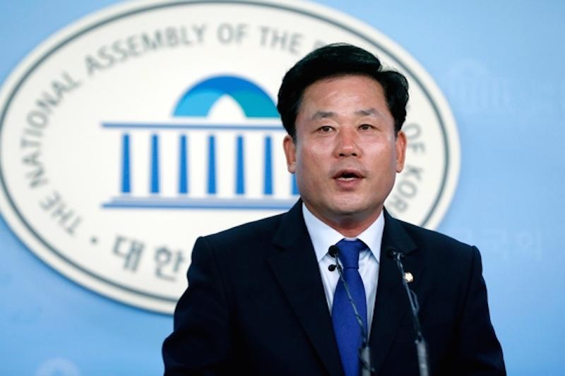 ▲ 송갑석 더불어민주당 대변인. 사진=송갑석 의원실 제공